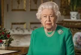 Rainha Elizabeth conta com passagem secreta para bar em Londres, diz tabloide