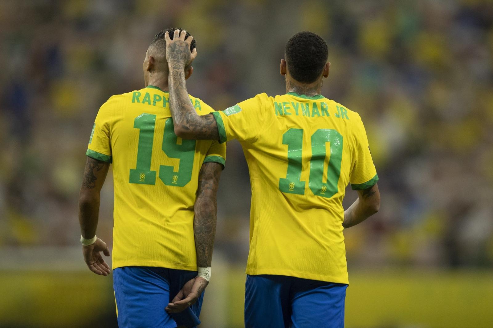 Raphinha se destaca, Brasil brilha e goleia Uruguai por impiedosos 4 a 1
